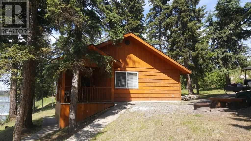 3504 Crystal Springs Road, 100 Mile House (Zone 10), British Columbia  V0K 1T1 - Photo 5 - C8034951